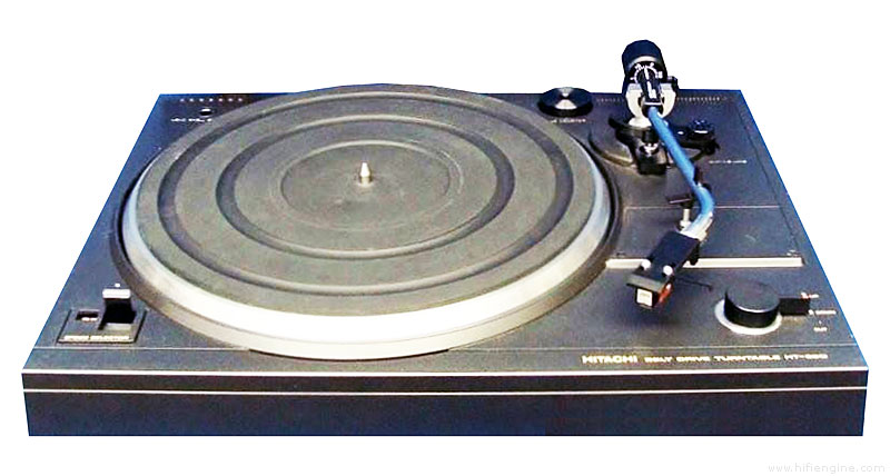 Belt drive turntable with preamp