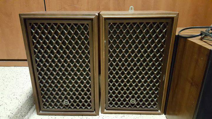 Sansui SP 30 Vintage Bookshelf Speakers
