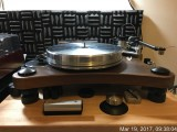 VPI Prime w/Walnut plinth