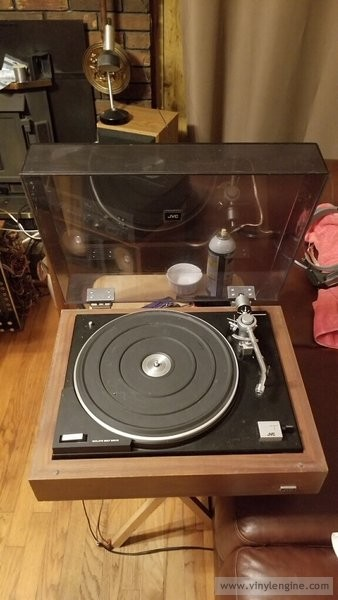 wolfie62's jvc turntable